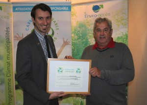 Mr. Mathieu Muir, project director at Enviro-access and Mr. Marc-André Martel, mayor of the City of Richmond
